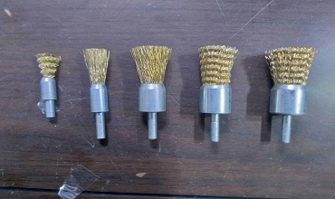 End Brushes