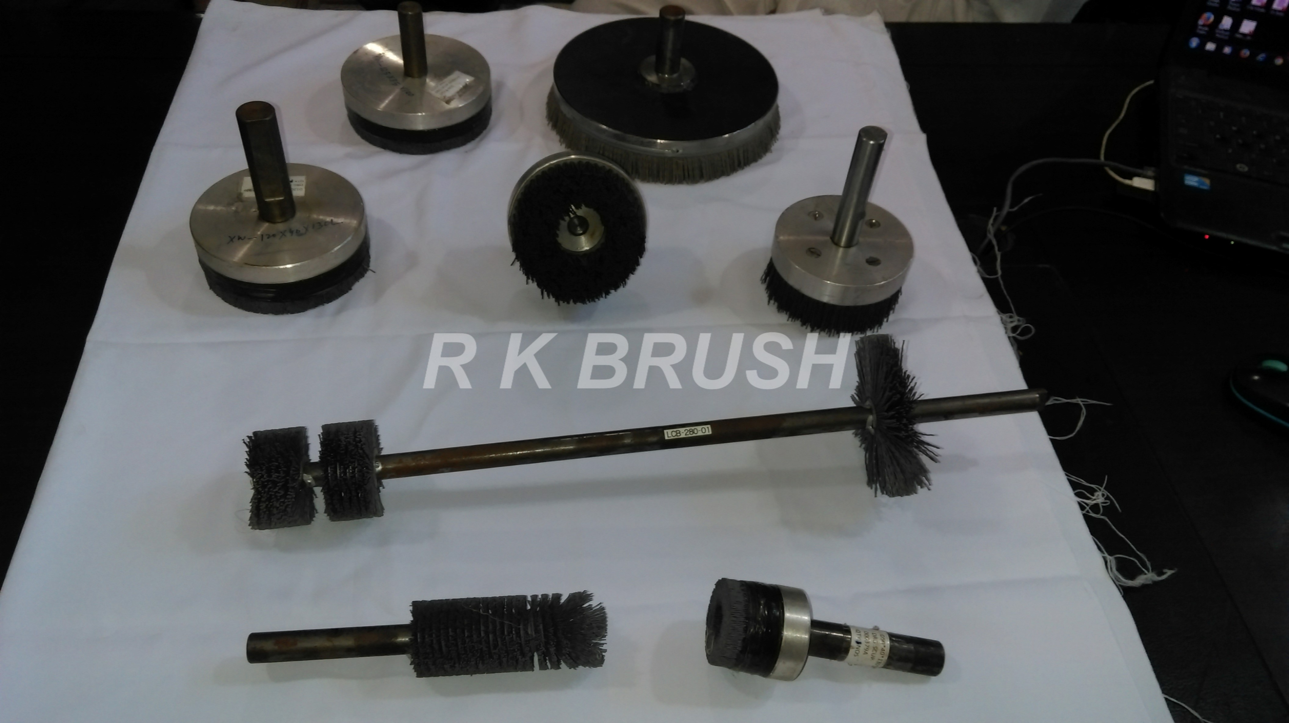 Abrasive Nylon deburring brush